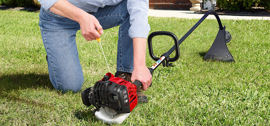 Curved Shaft String Trimmer